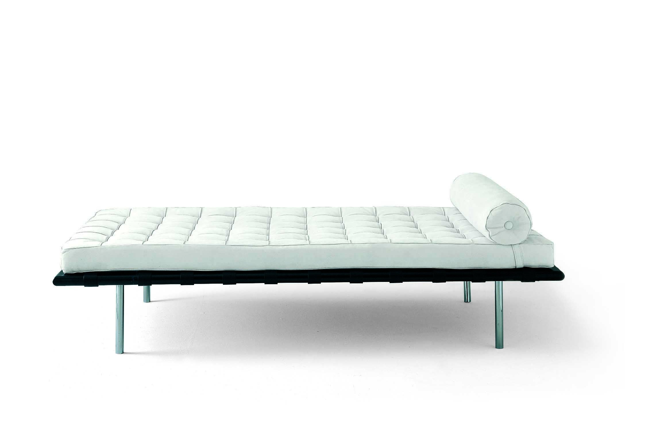 classics mies van der rohe 39 s day bed milk concept boutique. Black Bedroom Furniture Sets. Home Design Ideas
