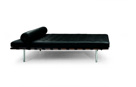 Classics: Mies Van Der Rohe's day bed - Milk Concept Boutique