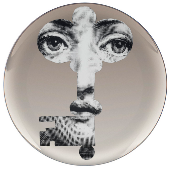Fornasetti Wall Plate T&V 47 in platinum - Milk Concept Boutique