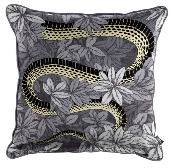 Fornasetti Silk cushion Peccato Originale 45x45cm - Milk Concept Boutique