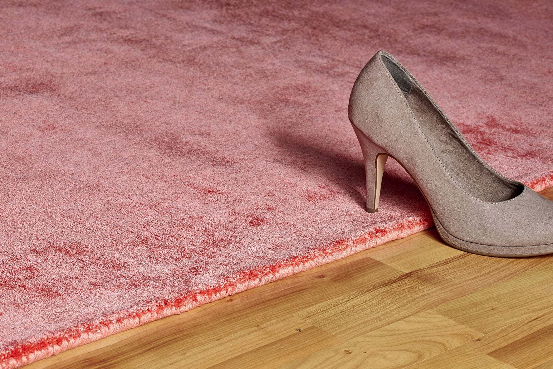 Vloerkleed Lyocell Handgeweven Obsession Breeze of Obsession Coral 150 - Omid Carpets
