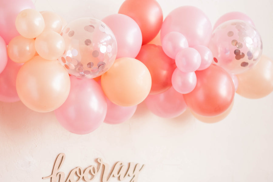 Balloon Garland DIY Kit in Rose Gold Confetti
