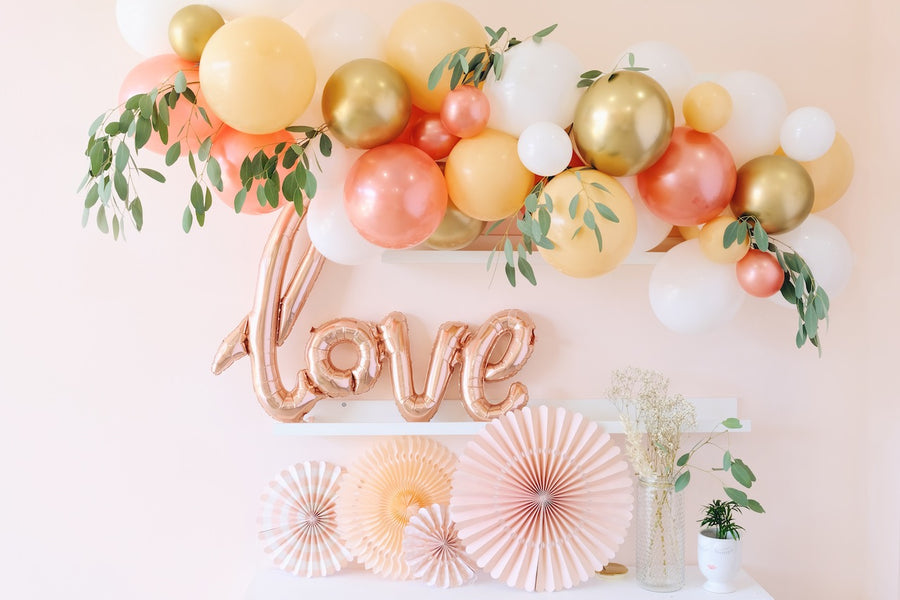 Balloon Garland DIY Kit in Rose Gold & Blush