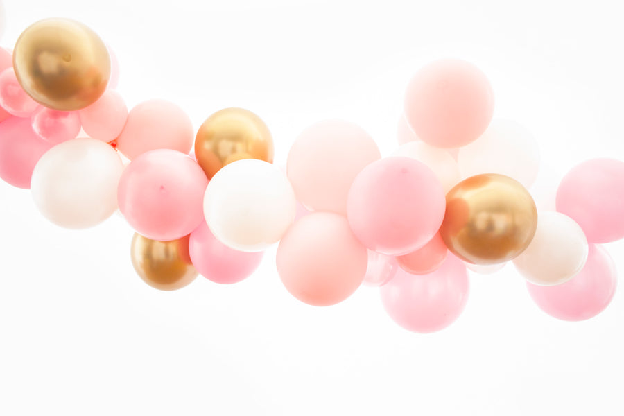 Balloon Garland DIY Kit in Pink and Gold