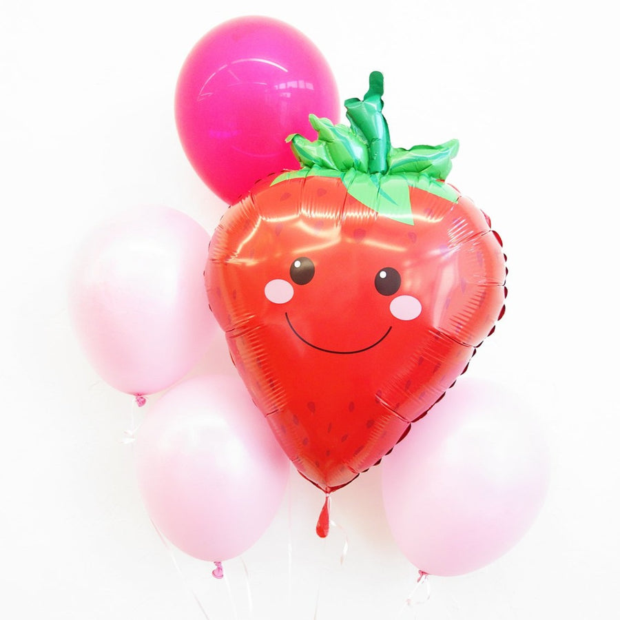 smiling strawberry pink balloon bundle