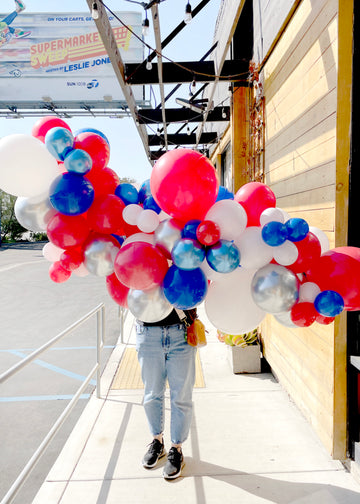 Superhero Balloon Garland To-Go (Pick Up Only)
