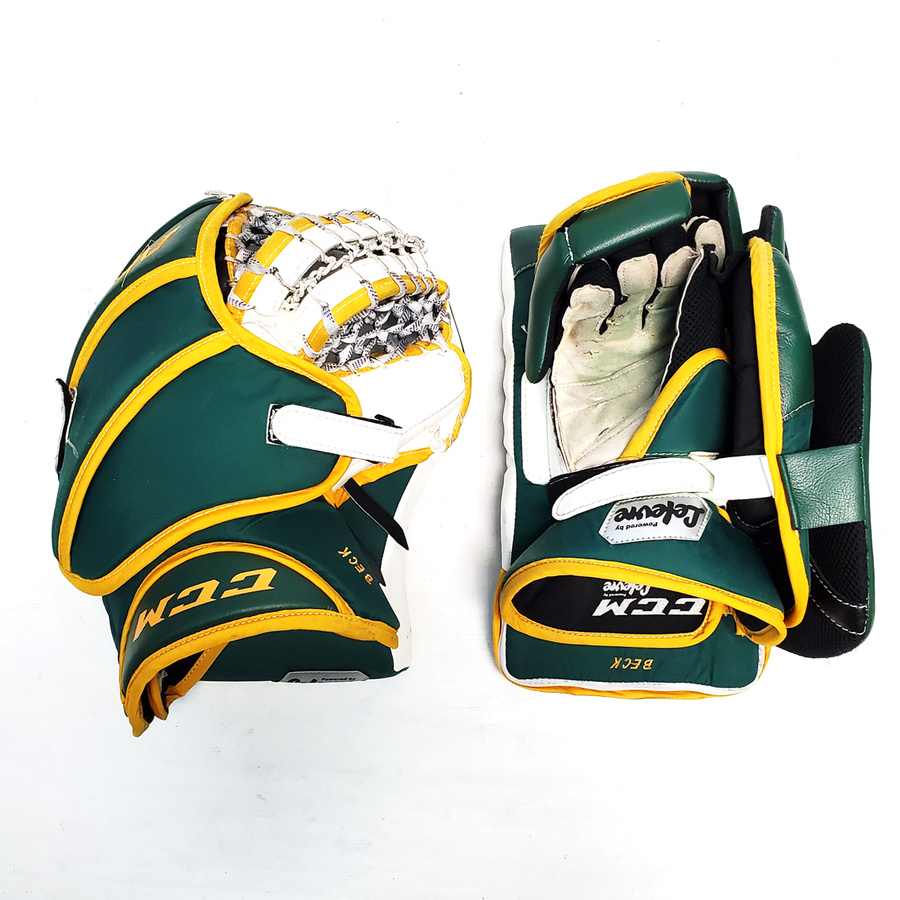 "CCM Extreme Flex III (NCAA) - 35"" Pro Stock Senior Goalie Pads (Full Set)"