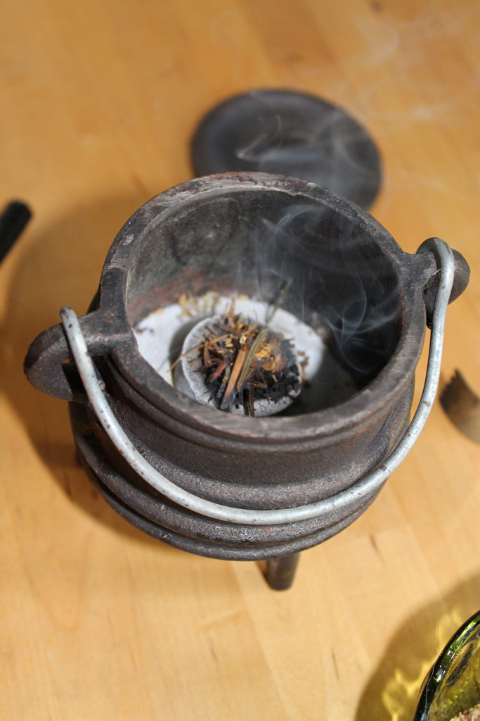 How To Properly And Safely Burn Loose Incense House Of Intuition