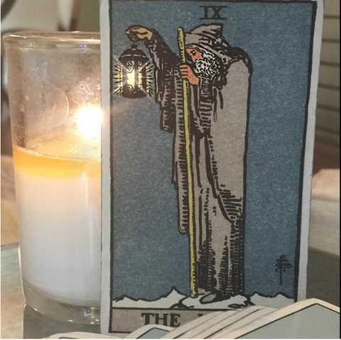 The Hermit Tarot Card - What Does it mean?