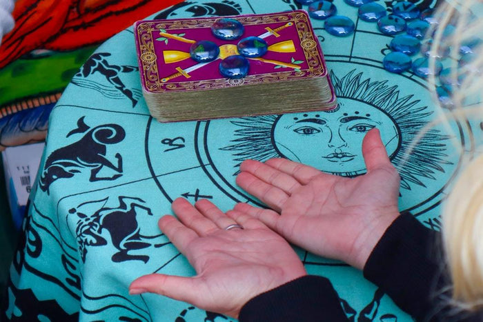 11/9 The Secret Connection Between Tarot & Astrology with Chad