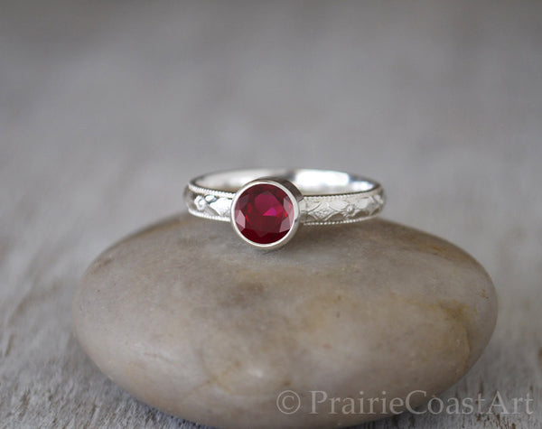 Garnet Ring in Sterling Silver Patterned Band - Handcrafted - Prairie Coast Art