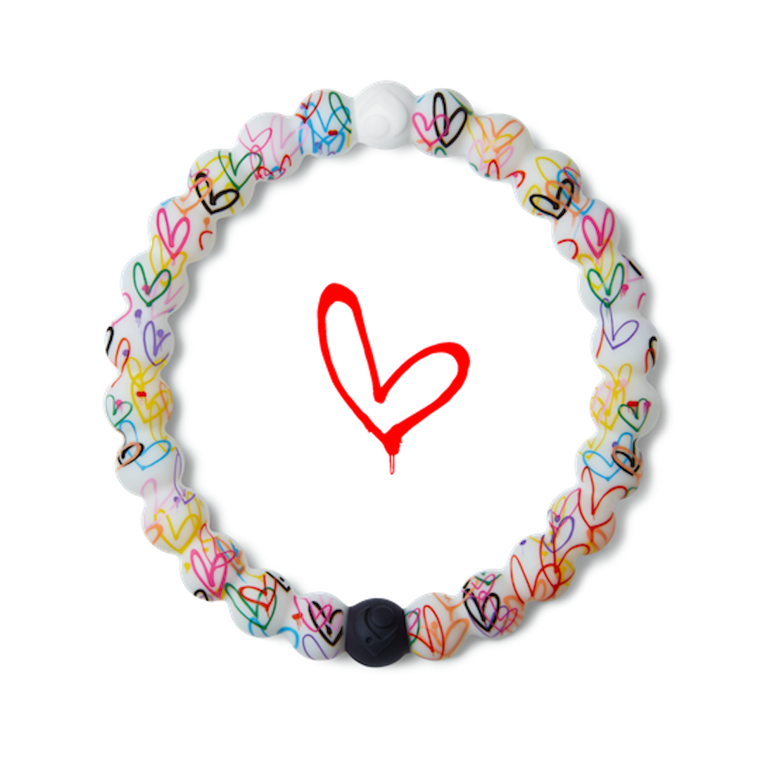 Hearts patterned silicone beaded bracelet.