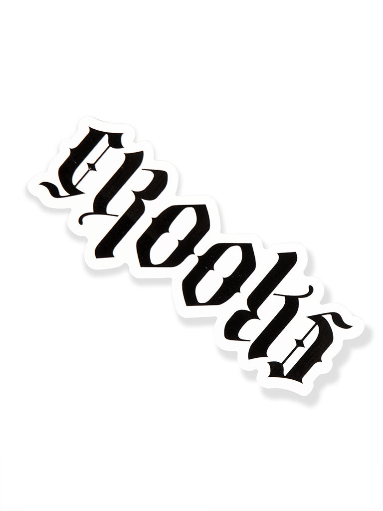 THE CROOKS AND CASTLES LOGO STICKER IN WHITE-BLACK