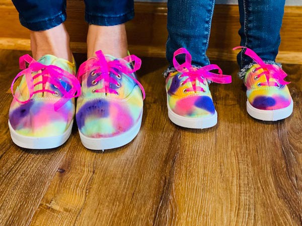 Step Into The New Year With DIY Tie Dye Mommy and Me Shoes!