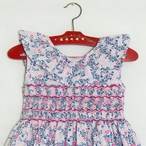 Marshmallow Pinafore