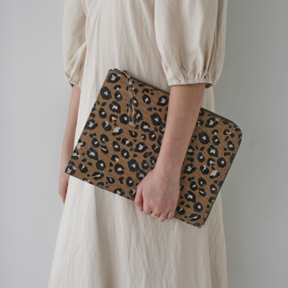 Tech Sleeve - Leopard Camel