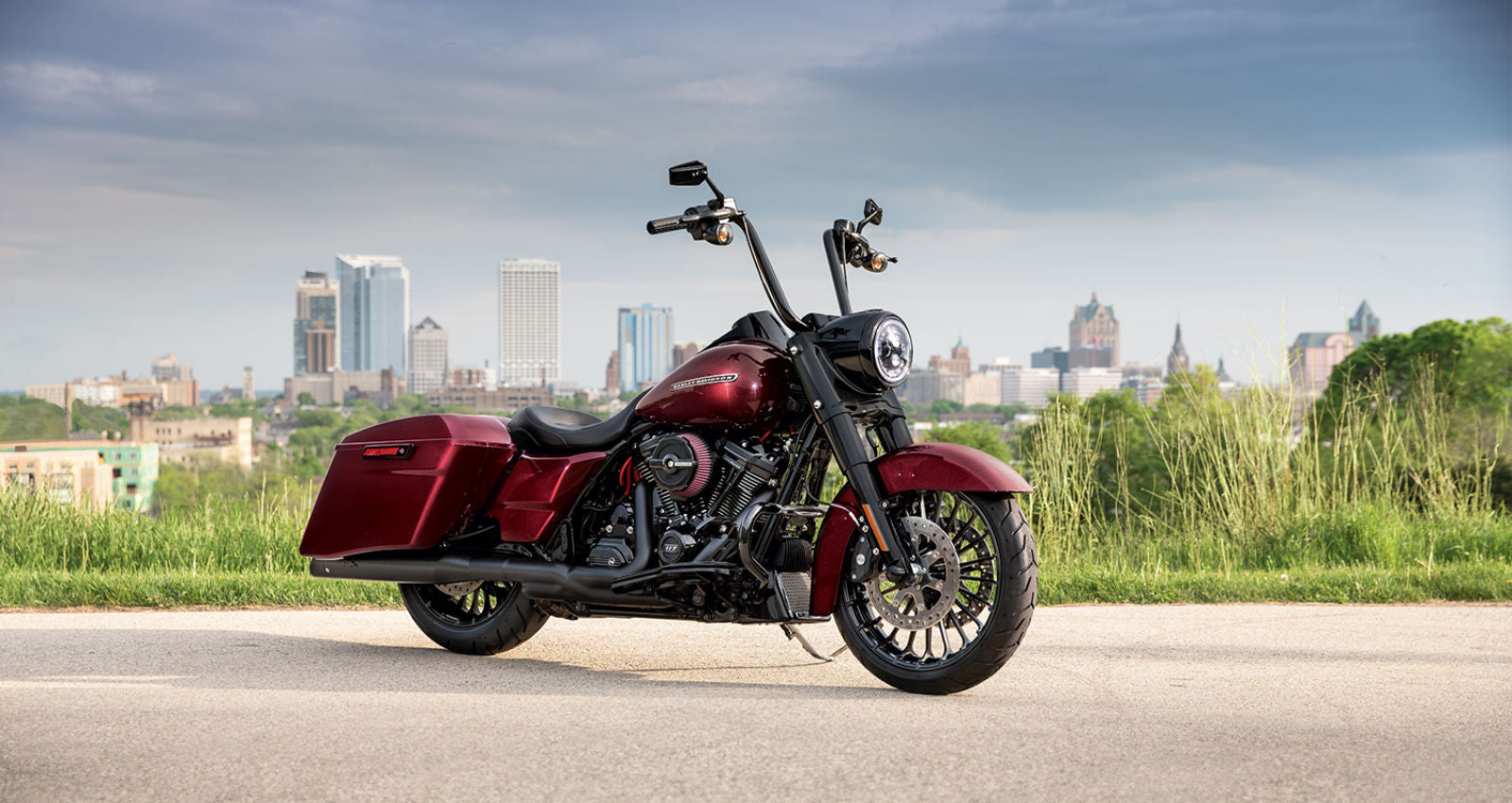 2019 new harley-davidson road king custom