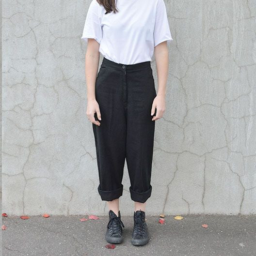 OVER-SIZED LINEN PANT