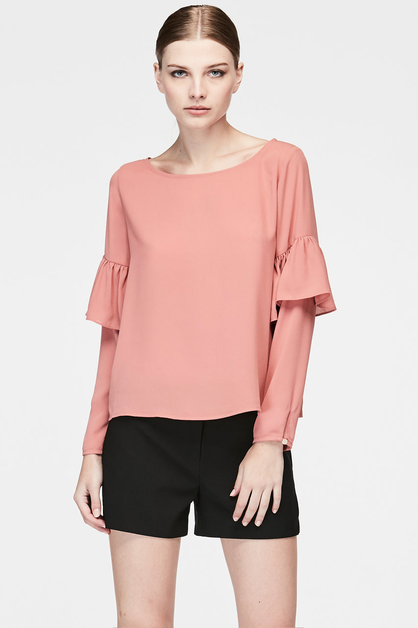 RUFFLE LAYER SLEEVES BLOUSE