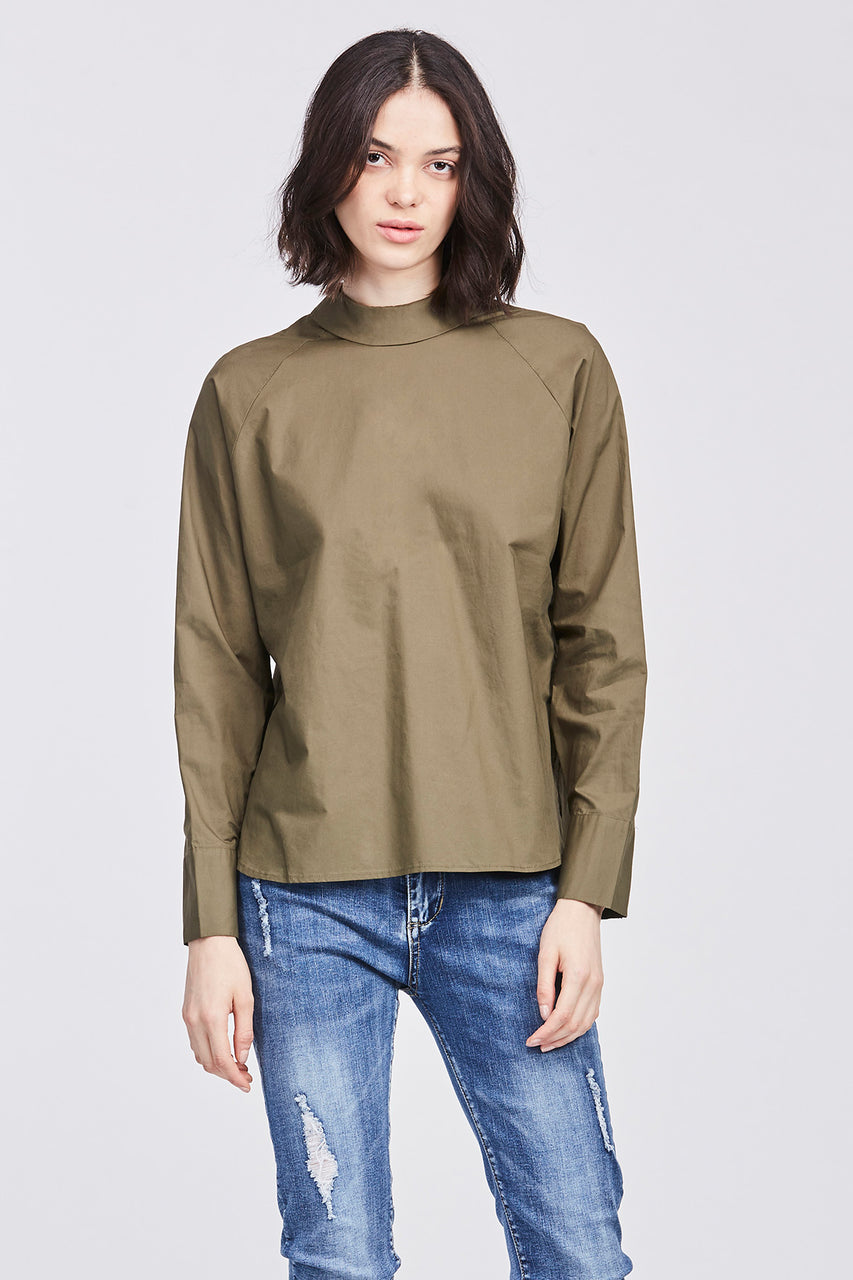 LONG SLEEVED BUTTON BLOUSE