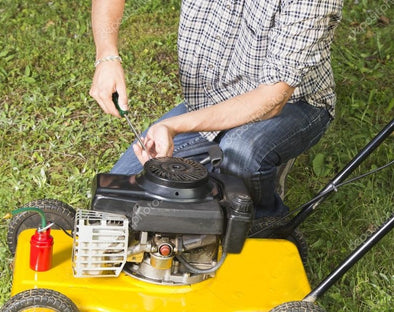 Most Common Lawnmower Engine Problems – Small Engine