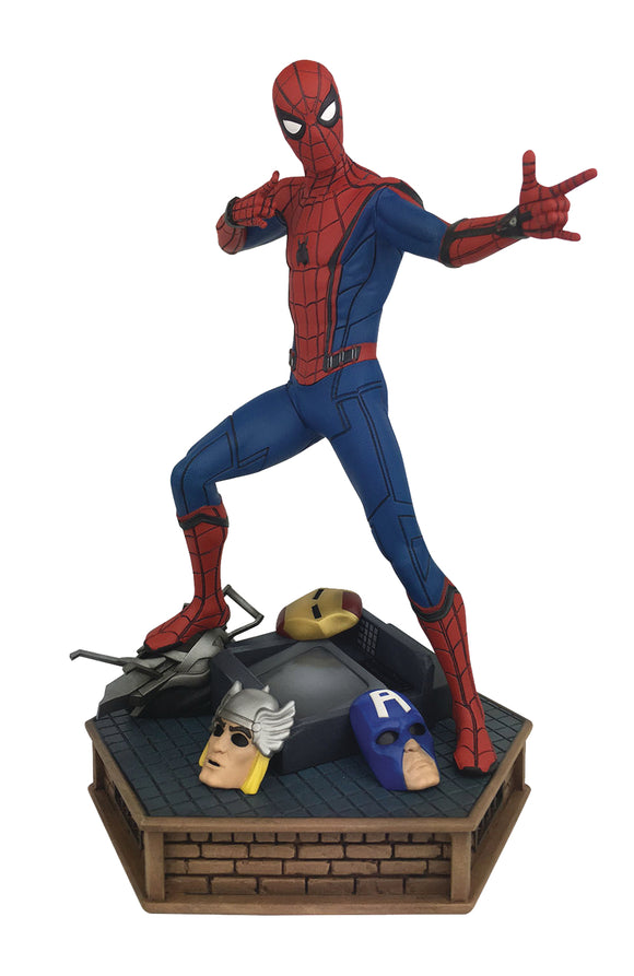 MARVEL PREMIER SPIDER-MAN HOMECOMING STATUE (C: 1-1-2)