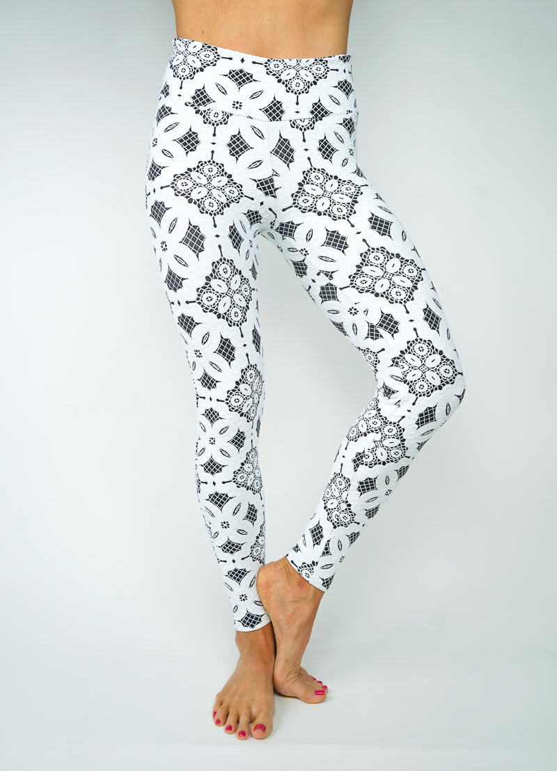 Jess Flower Legging - White/Black