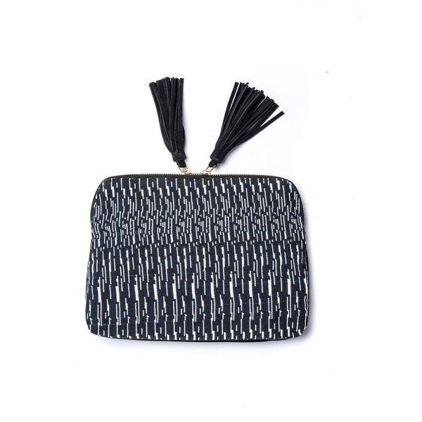 Kavya Clutch- Graphite
