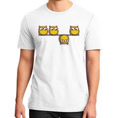 A whole new perspective for the owl District T-Shirt (on man)