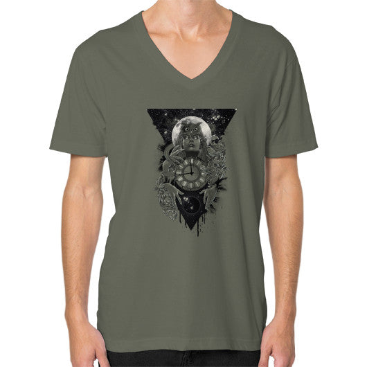 'THE PASSAGE' V-Neck (on man) Lieutenant Zacaca Shop USA