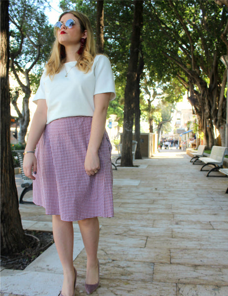 red-white-checks-print-knee-length-skirt-pockets shani segev