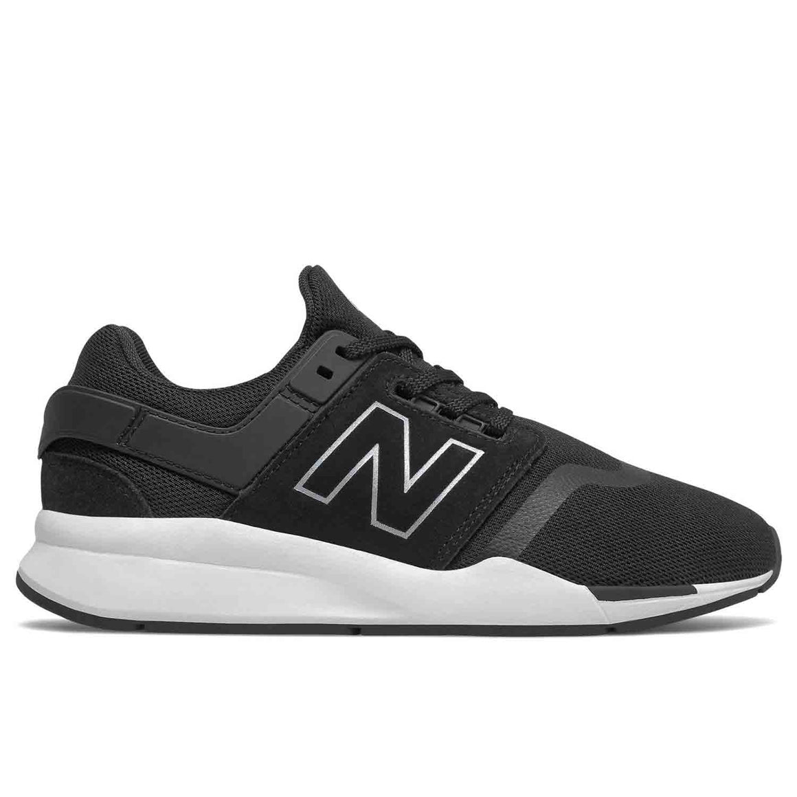 NEW BALANCE BLACK WHITE SNEAKER