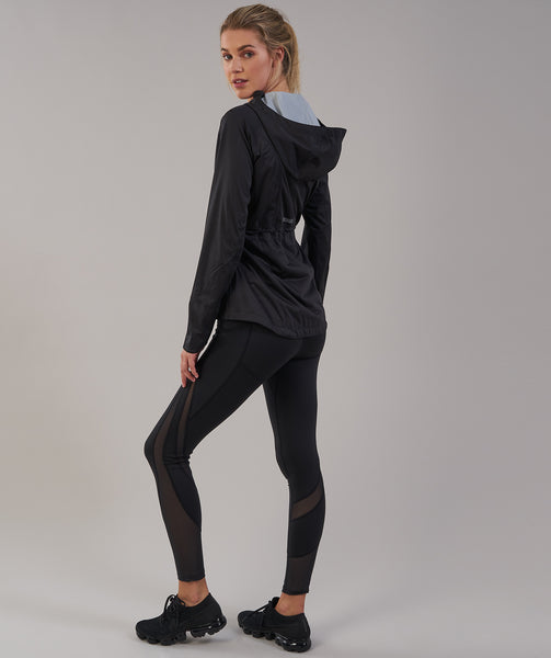 Gymshark Sleek Running Raincoat - Black 1