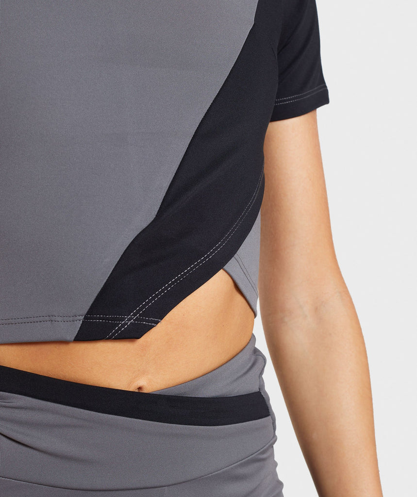 Gymshark Asymmetric Crop Top - Smokey Grey/Black 6