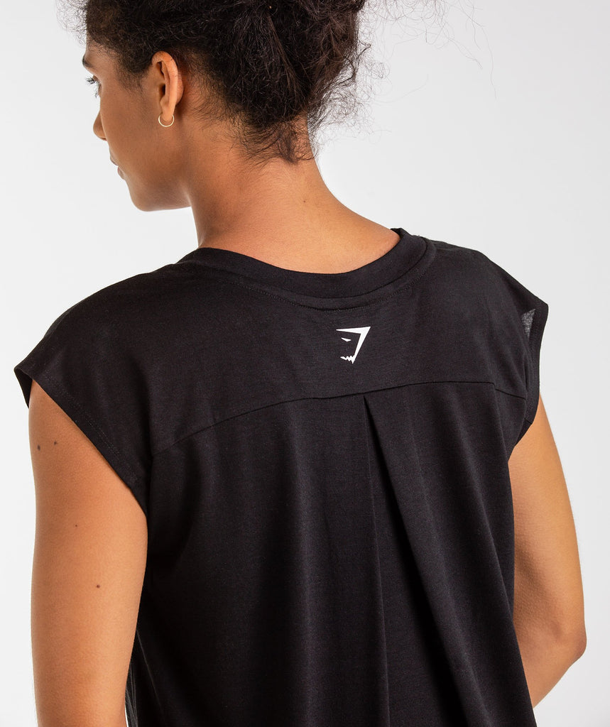 Gymshark Pleat Back Tee - Black 6