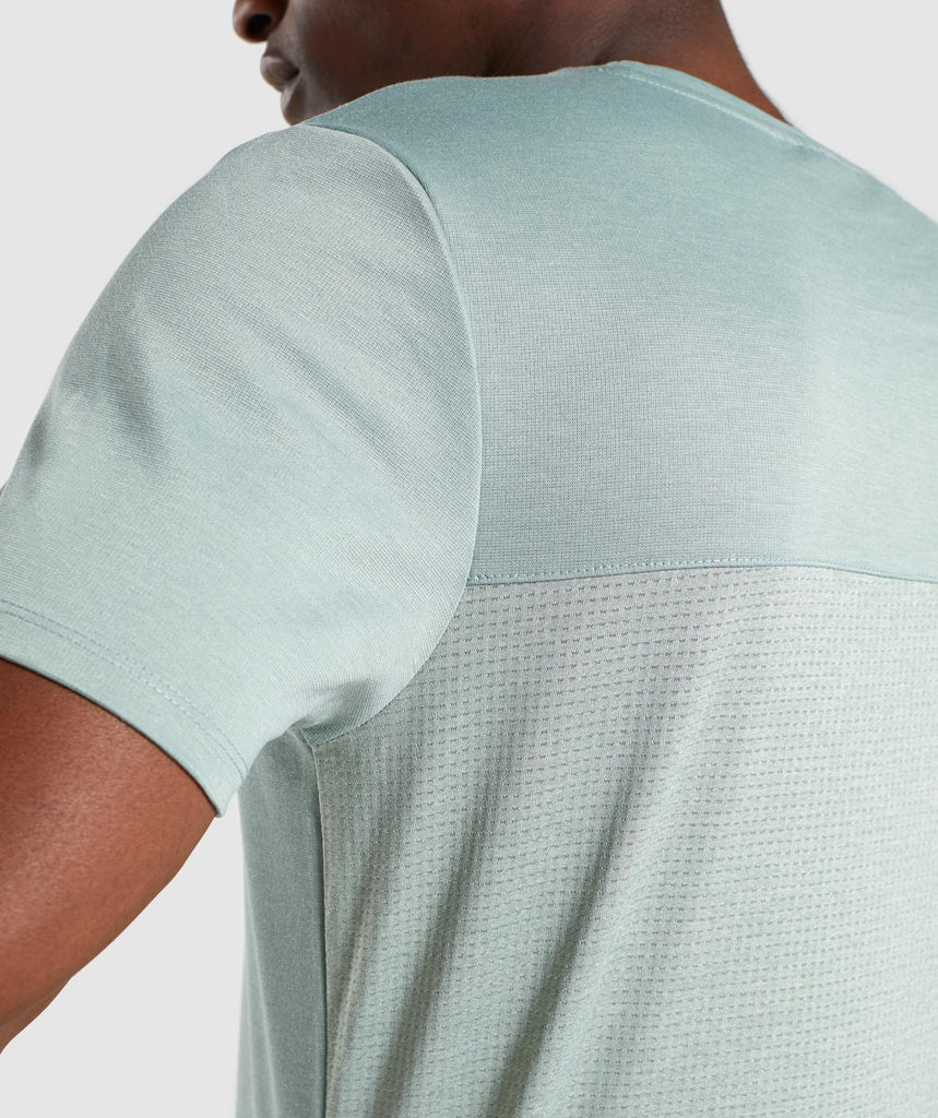 Gymshark Breathe T-Shirt - Pale Green 5