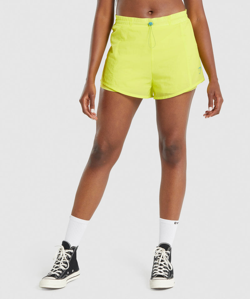 Gymshark Pulse 2 in 1 Shorts - Yellow