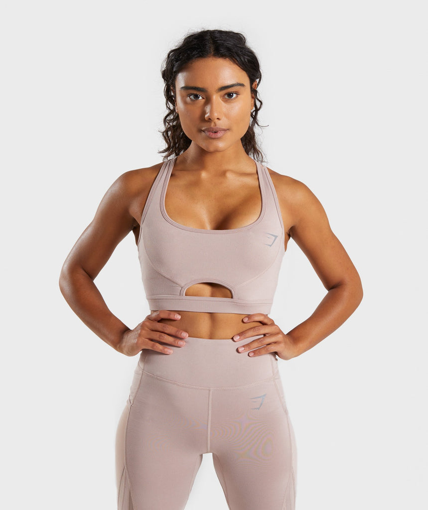 Gymshark Sleek Sculpture Sports Bra - Chalk Taupe 1