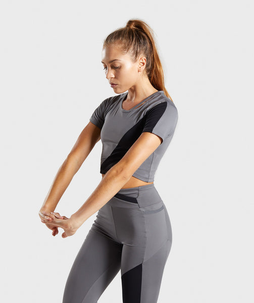 Gymshark Asymmetric Crop Top - Smokey Grey/Black 2