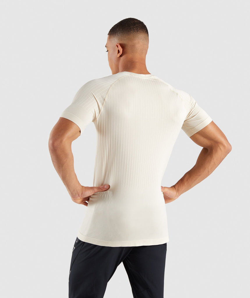 Gymshark Superior Lightweight Seamless T-Shirt - Warm Beige 2