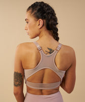 Gymshark Elite Sports Bra - Taupe 12