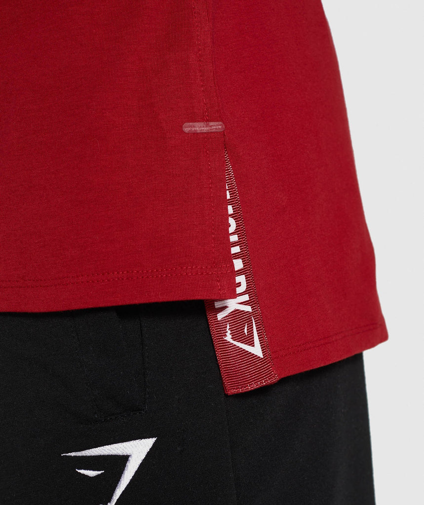 Gymshark Central T-Shirt - Full Red 6