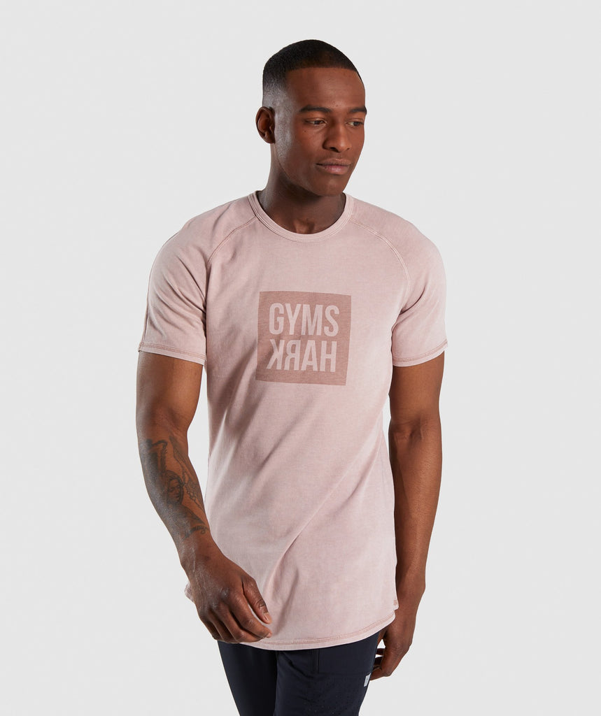 Gymshark Laundered Square Logo T-Shirt - Pink 1