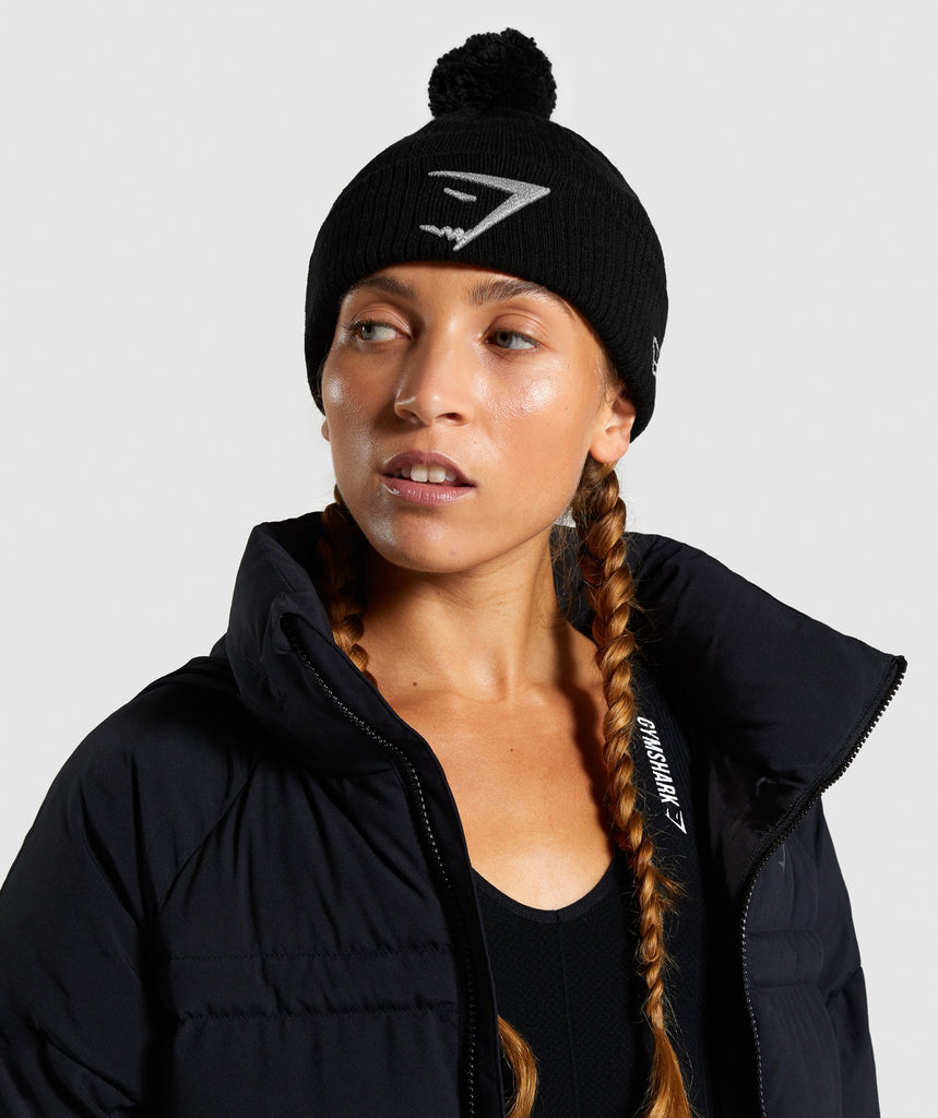Gymshark New Era GS Mini Pom - Black/Reflective 1