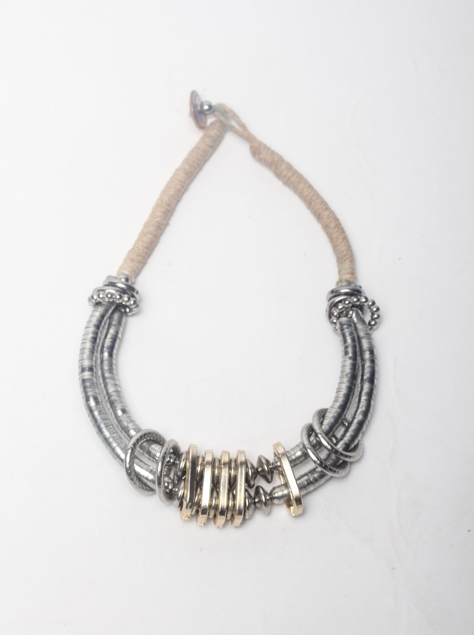Metal Detail Necklace