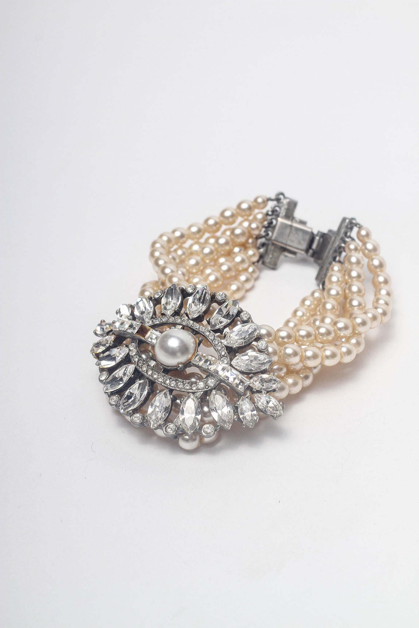 Pearl and Diamante Bracelet