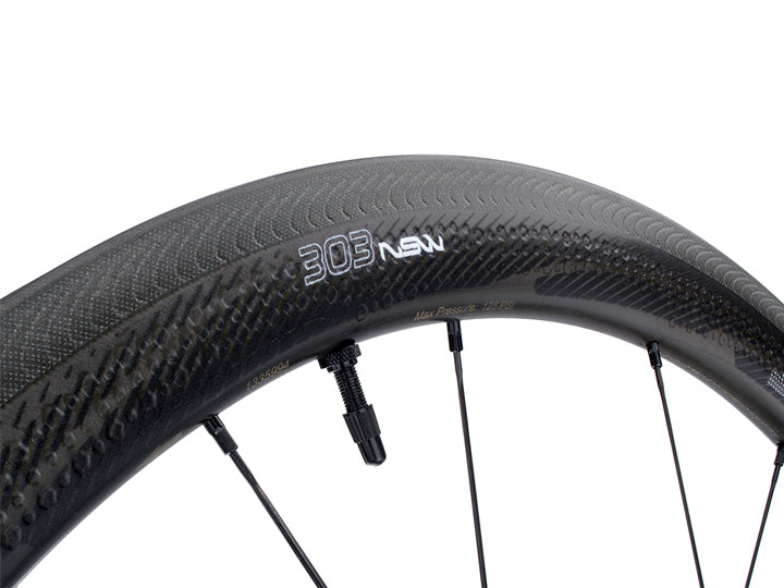 Zipp 303 NSW Carbon Clincher Tubeless Wheelset