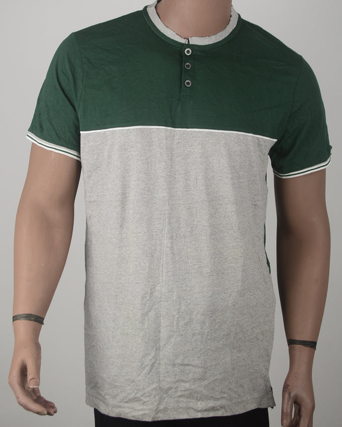 Green & Grey Buttoned T-shirt - Large