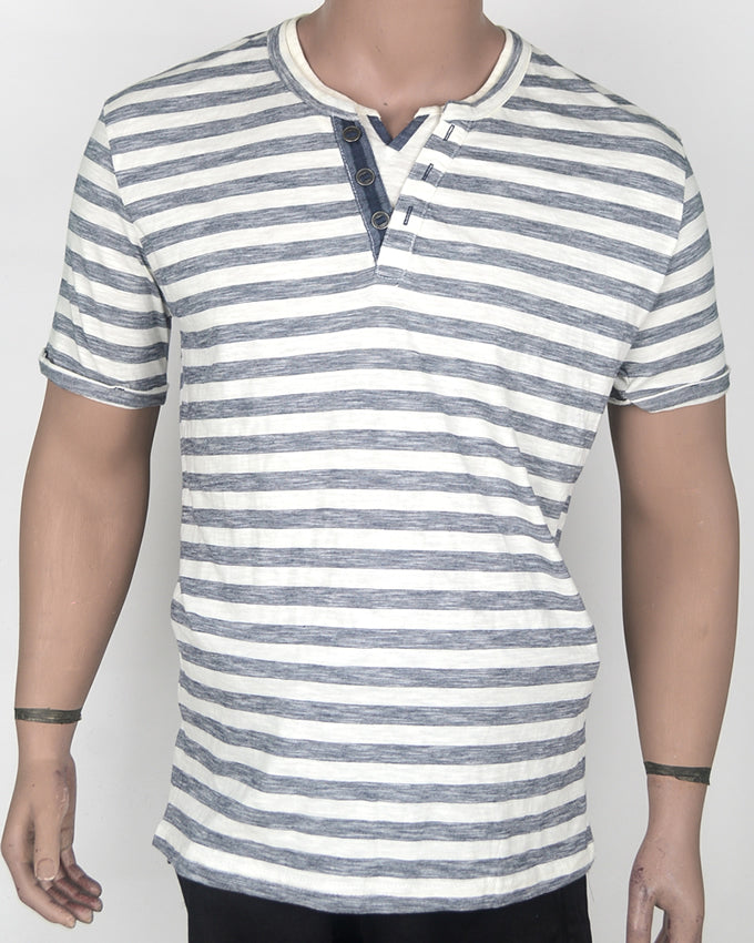 White and Blue Stripes T-shirt - XL