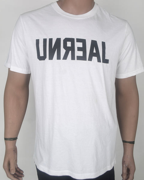 UNREAL Print White T-shirt - XL